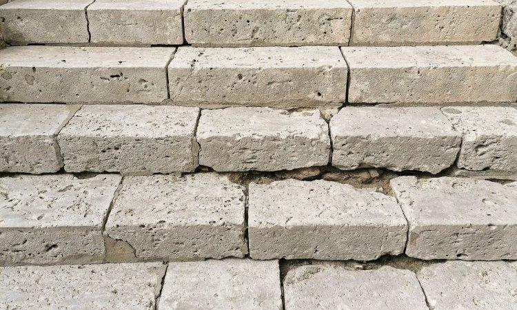 Escalier en pierre après décapage